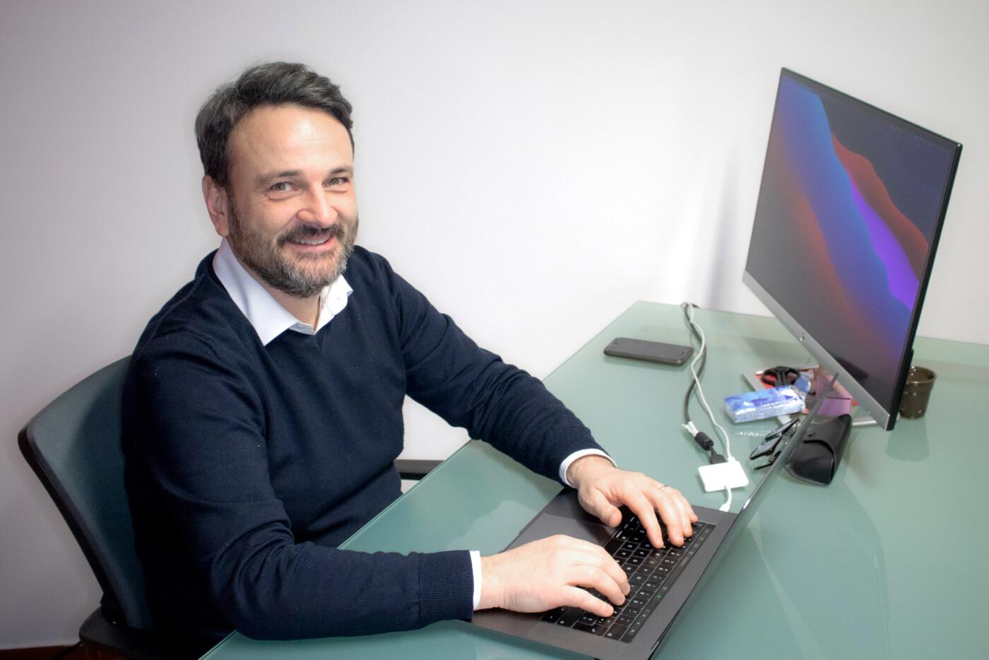 Luca Perlo Founder - Responsabile marketing e commerciale